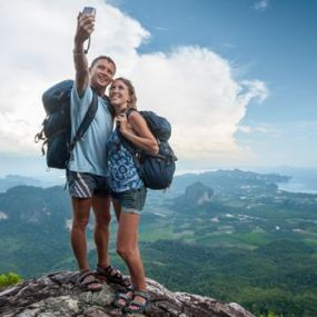 350-sq-selfie-mountain-shutterstock_207527209_0